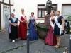 Abschiedsfoto mit einigen Gasthoheiten vor dem Frau Rauscher Brunnen kurz vor Ihrer Verabschiedung