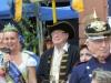 1669P Jennifer II.,Brunnenschultheis Hans-Otto Porzelt und ein Mitglied des Frankfurter Polizeichor
