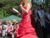 Die neue Wehrheimer Apfelblütenkönig Jennifer I. bei Ihrer Antrittsrede