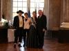 Brunnenkönigin Laura I. beim Ministerpräsidenten Volker Boufier im Schloss Biebrich