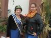 Karin II. mit Ex- Bianca I.am Brunnen in Bruchköbel