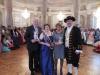 Brunnenkönigin Karin II.mit Ministerpräsident Volker Bouffier,Ehefrau und Brunnenschultheis
