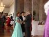 img_7674P Die Sachsenhäuser Brunnenkönigin Jennifer II. mit Brunnenschultheis Dr. Erhard Römer werden begrüßt vom Ministerpräsidenten Volker Bouffier
