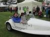Einzug aller geladener Gastköniginen in Oldtimer Autos