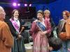Karin II. begrüsst die Gäste und Besucher des Bornheimer Weinfestes